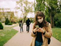 Cât timp rezistă coronavirusul pe ecranul unui smartphone? Concluzia alarmantă a cercetătorilor