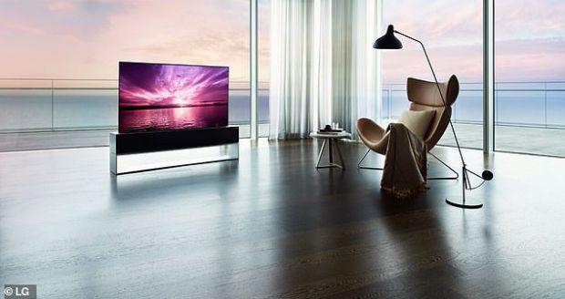Cât costă televizorul-fenomen cu ecran rulabil. Suma astronomică pe care trebuie să o plătească doritorii