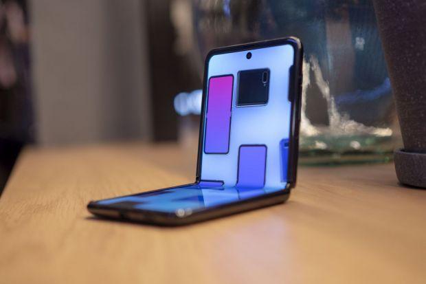 Samsung pregătește lansarea iminentă a unui nou telefon pliabil
