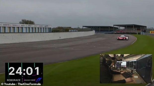 Scene de groază la prima cursă de mașini autonome! Ce s-a întâmplat chiar înainte de start