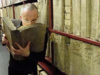 Cum miroase Europa? Prima bdquo;Enciclopedie a aromelor  oferă răspunsul