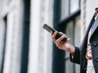 Un brand celebru ar putea lansa anul acesta un smartphone pliabil