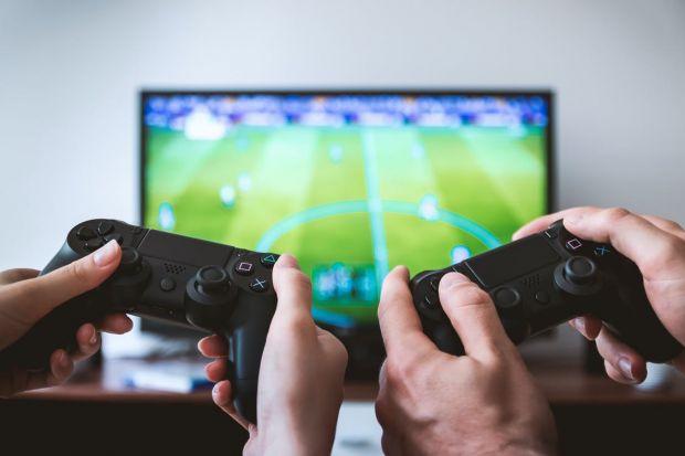 Jocul video care distruge relațiile! Foarte multe cupluri se ceartă din cauza lui