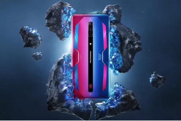 Acesta este cel mai performant telefon lansat vreodată. Compania-surpriză care bate orice gigant