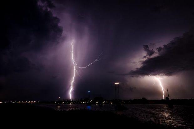 Ipoteză bdquo;fulgerătoare . Un trăsnet ar fi adus pe Pământ scânteia care a determinat apariția vieții