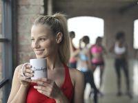 Ce se întâmplă dacă bei o cafea înainte de-a merge la sală?