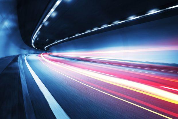 Când vom putea călători cu o viteză mai mare decât cea a luminii