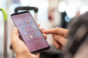 Veste proastă pentru utilizatorii Samsung. Compania oprește suportul pentru una dintre cele mai populare serii de telefoane