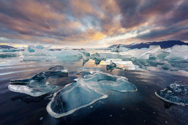 bdquo;Bombe de căldură  foarte periculoase, ascunse în Oceanul Arctic. Ce înseamnă acest lucru pentru planetă