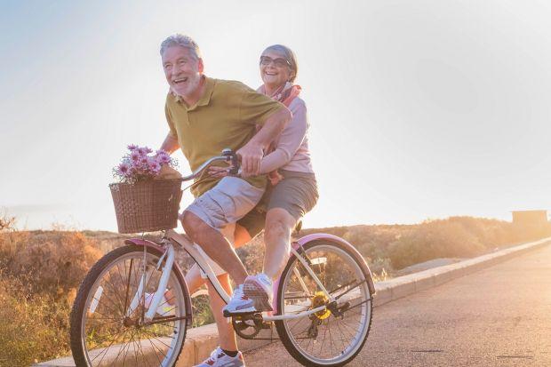 Oamenii ar putea trăi până la 150 de ani. Care este cheia bdquo;tinereții fără bătrânețe