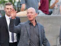 Încep călătoriile în spațiu. Jeff Bezos, șeful Amazon, printre primii turiști în cosmos