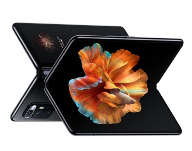 Când se va lansa noul telefon pliabil Xiaomi, varianta îmbunătățită primului model al companiei