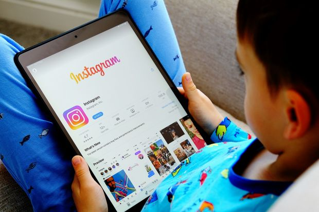 Decizie controversată a Facebook. Gigantul va crea o versiune specială a Instagram pentru copii