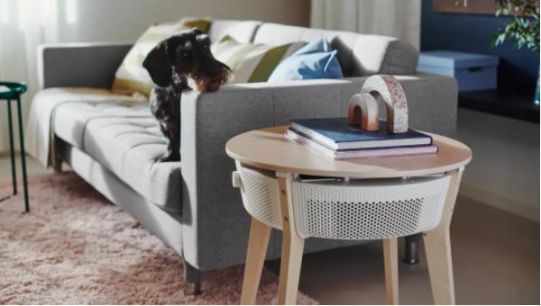 Ikea lansează un nou tip de produs inovator: un purificator de aer care poate fi și măsuță de cafea