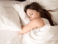 Ce e mai important - să dormi mult sau să dormi bine? Cercetătorii au răspunsul