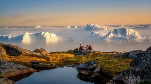 A plouat pe vârfurile înghețate ale Groenlandei, pentru prima dată în istorie. Ce înseamnă asta pentru Terra