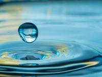 Proprietatea care face apa să fie o substanță ciudată. A fost observată de fizicieni pentru prima dată